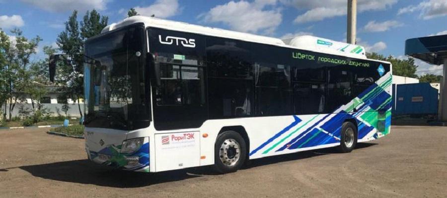 Мострансавто приступило к опытной эксплуатации нового автобуса на КПГ