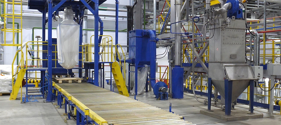 Нижнекамскнефтехим начал реализацию термоэластопластов, полученных на новом производстве ДССК