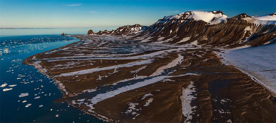 Росгеология проанализирует керн скважин арктических островов и оценит их нефтяной потенциал