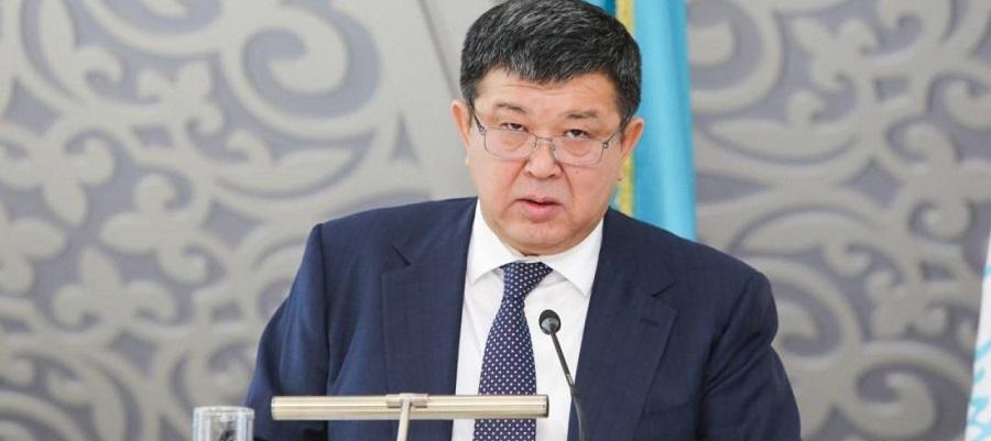 Казахстан может начать экспорт бензина в июле 2019 г.