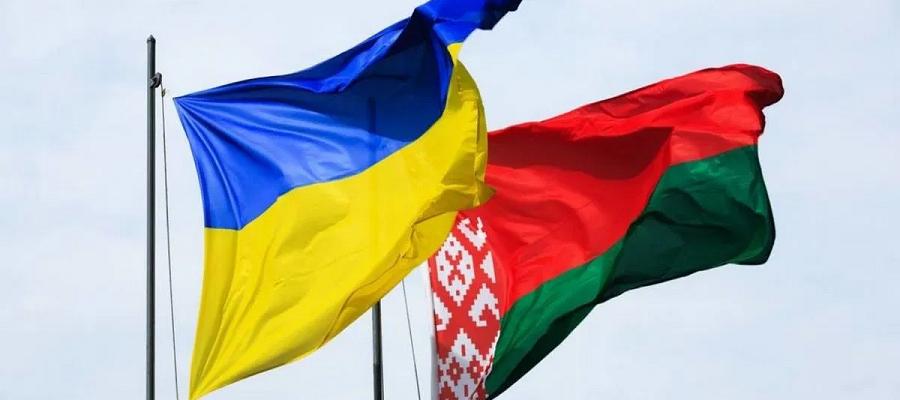 Белоруссия временно перестала поставлять Украине бензин А-95