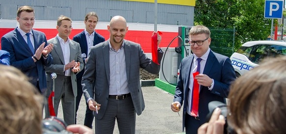 В Московской области заработала 1-я станция быстрой зарядки электрокаров