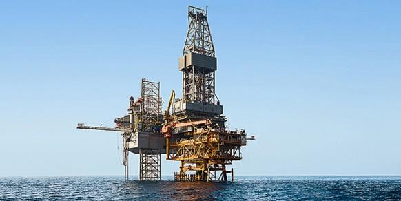 Датская Maersk намерена начать добычу нефти из нефтяного слоя Южного Парса