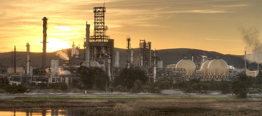 Shell сжимает переработку. Компания продает НПЗ Martinez в США