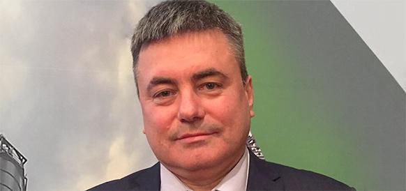 ЛУКОЙЛ продолжает ротацию. Сменился глава Саратоворгсинтеза, а прежний руководитель компании - перешел в Ставролен