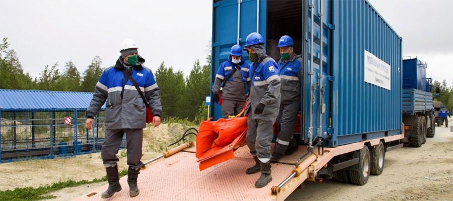 Работники 2 дочек Газпрома провели тренировку по ликвидации аварии в период паводка