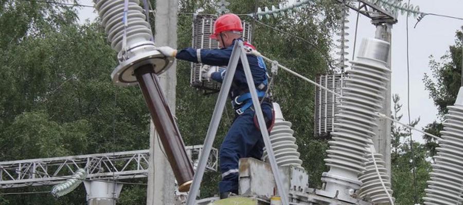 Для БАМа. ФСК ЕЭС модернизировала силовое оборудование 2 питающих центров магистрали на Дальнем Востоке