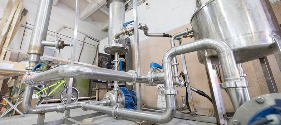 Новая технология УрФУ сделает добычу нефти более эффективной и экологичной