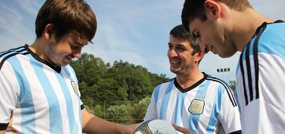 Команда Сочинских электросетей одержала победу в городском турнире по мини-футболу