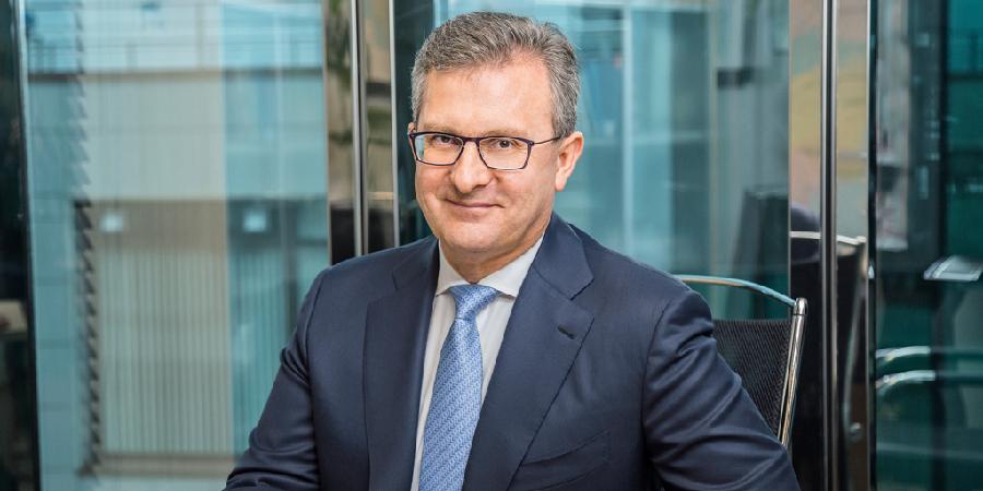 Директор коммерческой дирекции «Газпром нефти» Л. Кадагидзе: «Мы вышли за пределы компетенций нефтепереработки и готовы самостоятельно строить дороги»