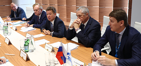 Gazprom and Mitsui discuss Sakhalin 2 and Baltic LNG
