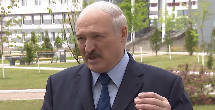 А. Лукашенко о хлорорганике в российской нефти. Это не имеет никакого отношения к налоговому маневру. Произошла беда