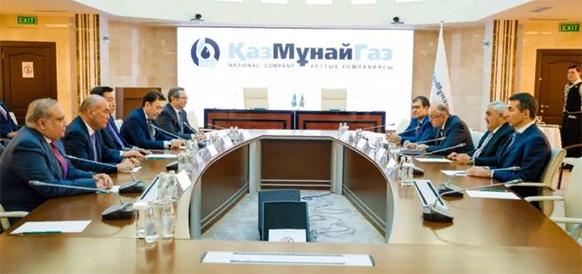 На практике. SOCAR и КазМунайГаз начали реализацию меморандума о взаимопонимании, подписав договор доверительного управления СПБУ