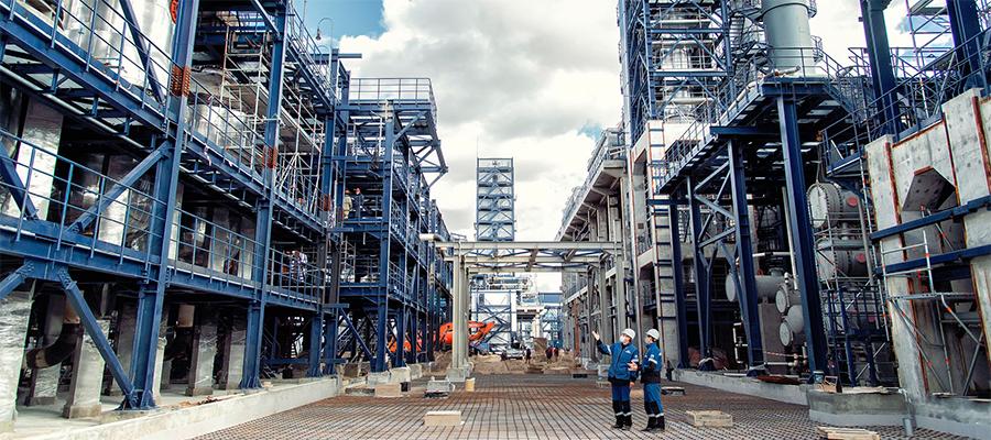 На Омском НПЗ начинается монтаж электрооборудования установки каталитического риформинга
