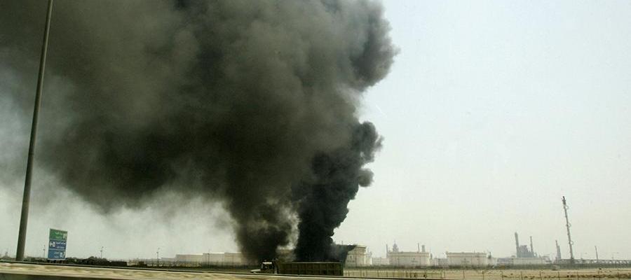 На одном из крупнейших месторождений нефти в мире произошел пожар