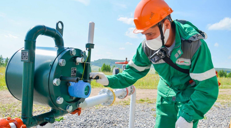 Контроль за добычей нефти с 15 км