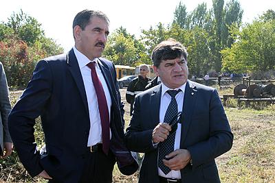 Ю.Евкуров в Ингушетии осмотрел буровую установку