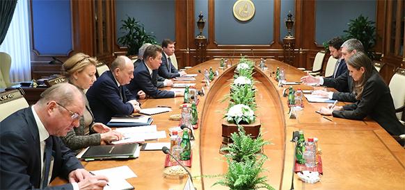 Газпром налаживает политические контакты с ЕС в связи с активным строительством Турецкого потока и Северного потока-2