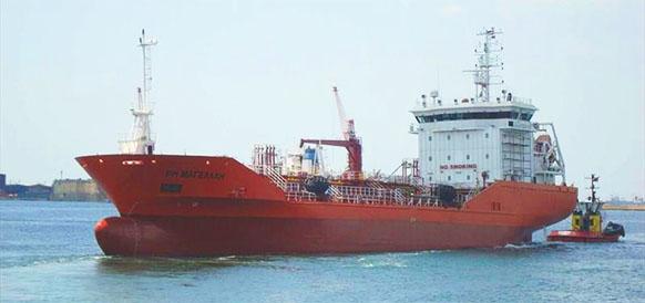 РН Магеллан в деле! Роснефть обеспечила бункеровку дноуглубительного флота в порту Мурманска