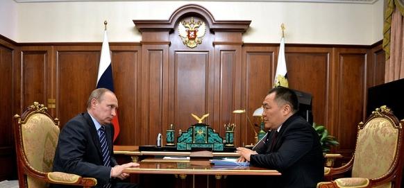 Глава Республики Тыва Ш.Кара-оол встретился с В. Путиным и доложил об успехах. О проблемах умолчал