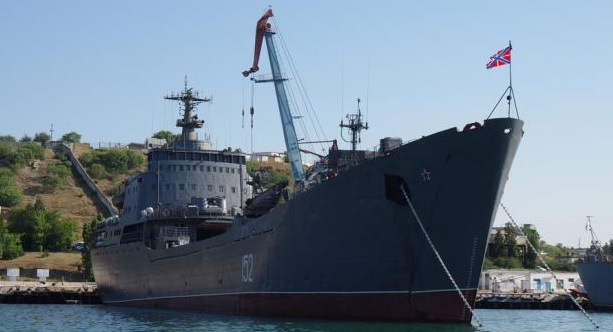 Россия усилила свою морскую группировку у берегов Сирии десантно - транспортным кораблем «Николай Фильченков»