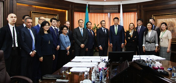Казмунайгаз и Eni договорились о разработке нефтяного месторождения Абай на шельфе Каспия