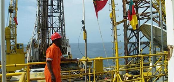Есть промышленные притоки! Консорциум с участием ЛУКОЙЛа открыл запасы нефти на шельфе Камеруна