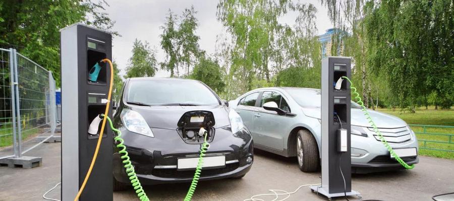Правительство ожидает роста доли электрокаров до 5% к 2030 г.