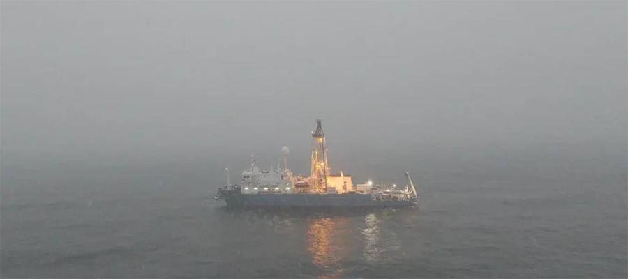 Роснефть провела стратиграфичекое бурение в северной части Карского моря