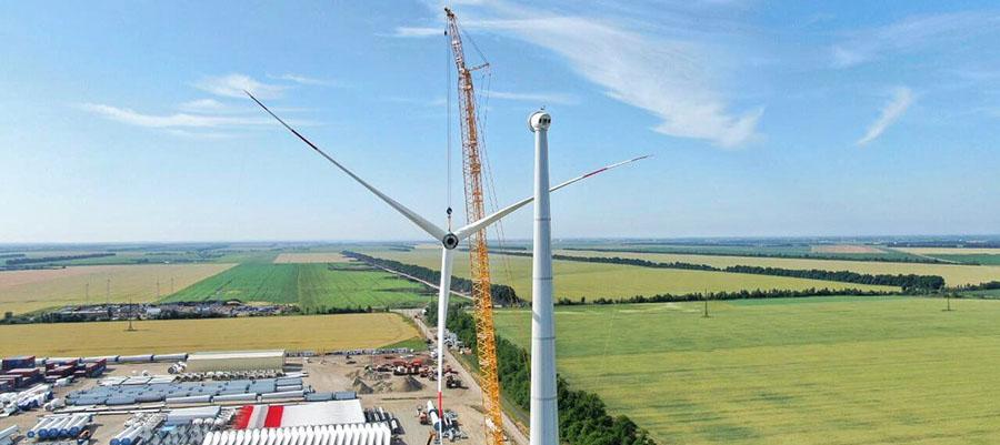 На площадке Адыгейской ВЭС завершен монтаж 1-й ветроустановки