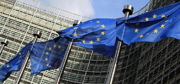 Еврокомиссия пересмотрела свой прогноз по цене на нефть в 2016 г в сторону понижения
