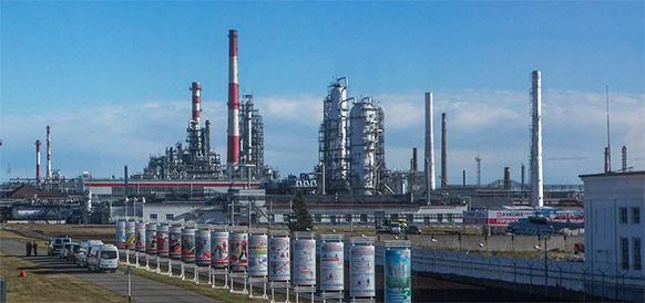 Lukoil takes final investment decision on delayed coker at Nizhny Novgorod refinery
