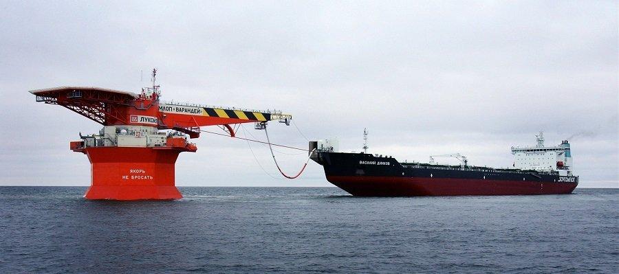 Суд занял сторону ЛУКОЙЛа в споре с Роснефтью о тарифах на перевалку нефти на Варандее. Роснефть подаст аппеляцию