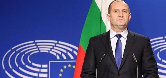Р. Радев. Болгария нуждается в прямых поставках российского газа через Черное море Голосовать!