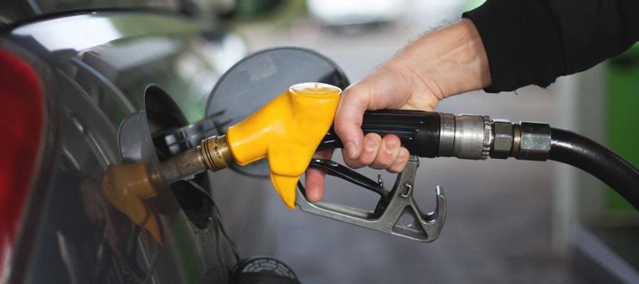 Д. Мантуров: Каждая 5-я АЗС в России в 2019 г. недоливала бензин