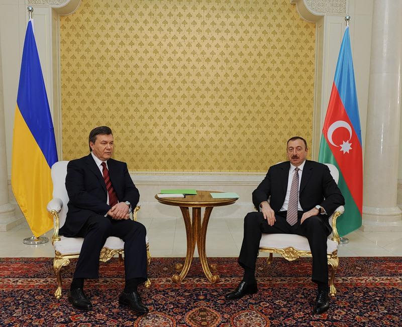 Азербайджан подписывает с Украиной соглашение. Россия пока еще молчит