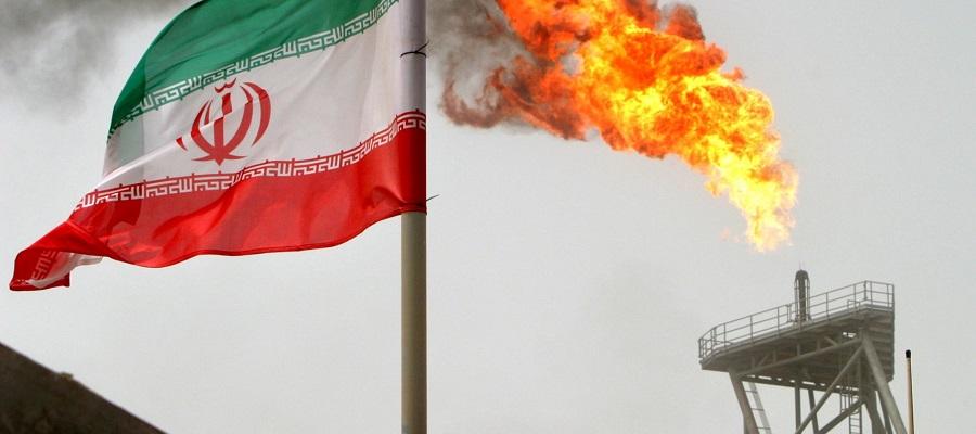 Экспорт нефти из Ирана упал ниже 1 млн барр./сутки
