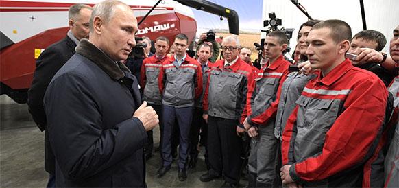 Есть возможность для снижения цен на бензин. В. Путин обсудит эту тему с главой ФАС