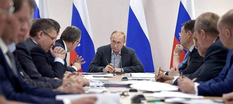 В. Путин раскритиковал ход работ по ликвидации последствий наводнения в Иркутской области