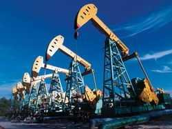 Цены на нефть немного понизились