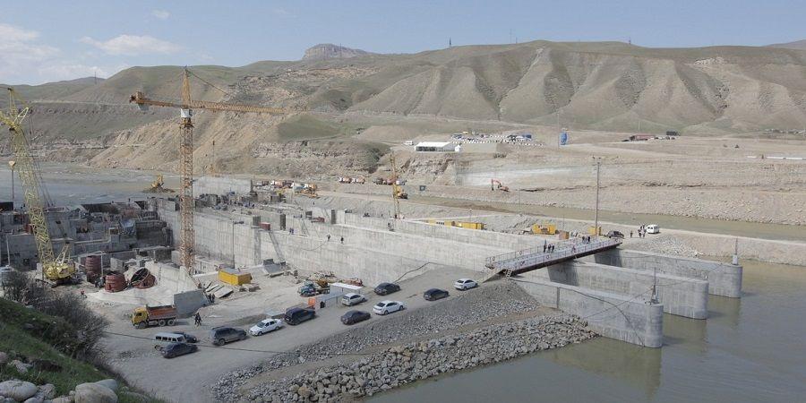 На строительной площадке Красногорских МГЭС перекрыто русло реки Кубань