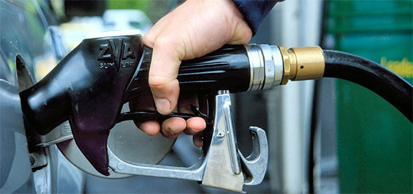 Iranian Parliament suggests $11.4 gasoline subsidy for each Iranian