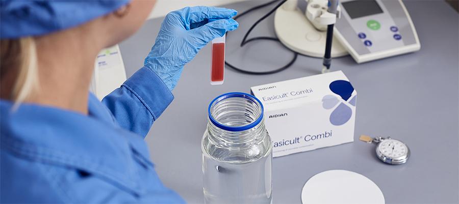 Газпромнефть-Аэро внедрил инновационный метод микробиологического контроля авиатоплива
