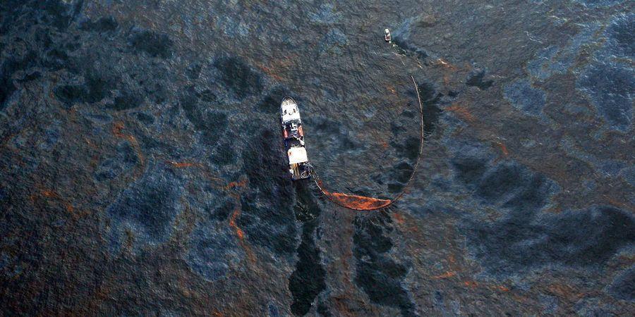 Самые крупные разливы топлива в мировой истории