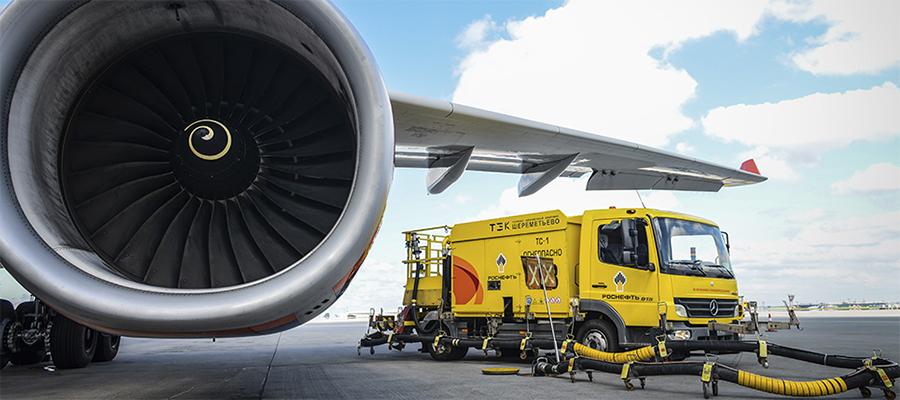 Роснефть более чем в 2 раза увеличила заправки самолетов в период проведения ВЭФ-2019
