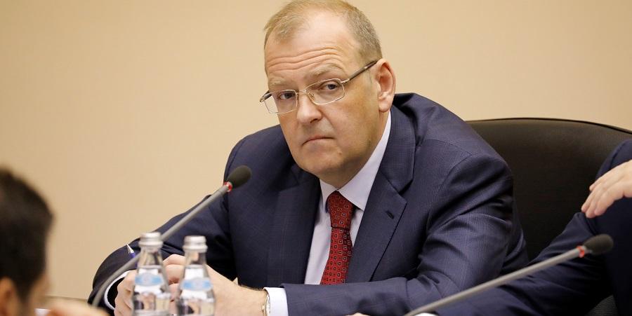 ФСБ и СК провели обыски в Минэнерго, задержан замминистра А. Тихонов
