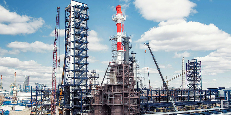 The Gazprom Neft Omsk refinery continues the planned modernisation of its production facilities