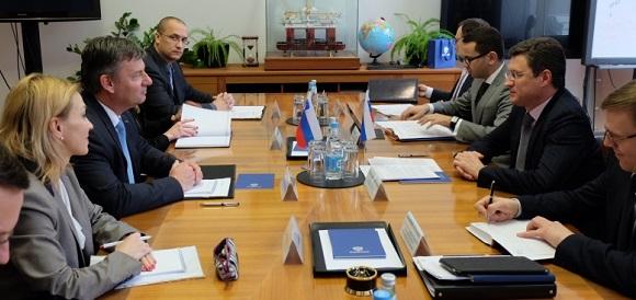 Глава Минэнерго А. Новак поговорил c министром инфраструктуры Словении П. Гашпершичем. Вероятно, и по газу