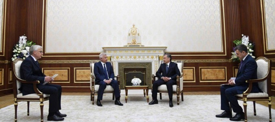 Vagit Alekperov discussed energy projects with Uzbek President