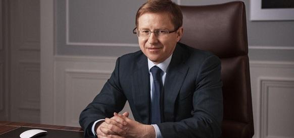 1-й замгендиректора «Газпром нефти» В. Яковлев раскрывает подробности создания СП с Mubadala Petroleum (ОАЭ) и РФПИ для освоения месторождений Палеозоя